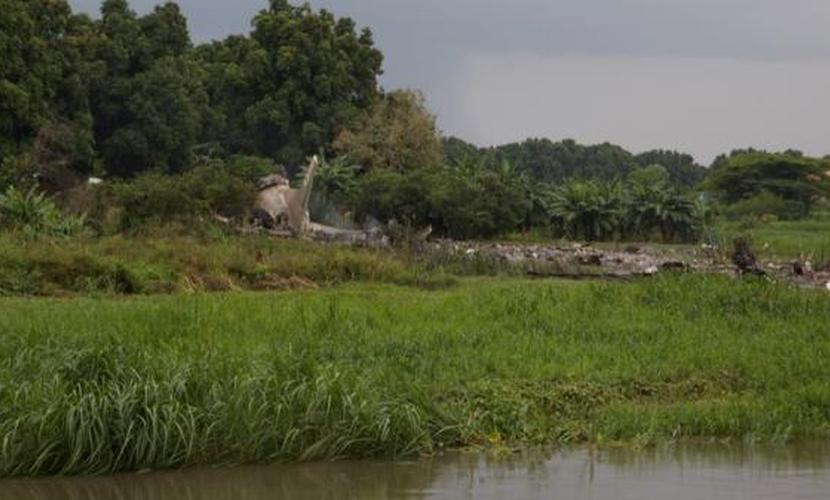 Более 40 тел обнаружены на месте падения российского самолета Ан-12 в Южном Судане