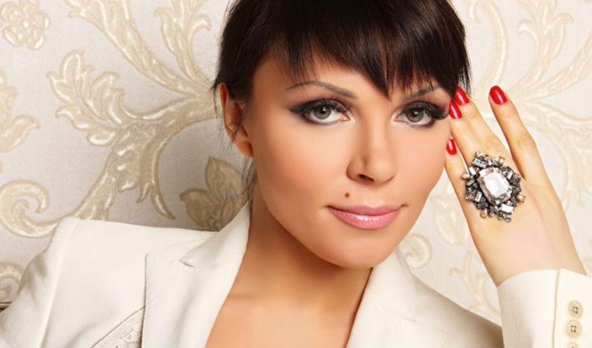 Певица Света посоветовала Владимиру Кузьмину лечиться от алкоголизма