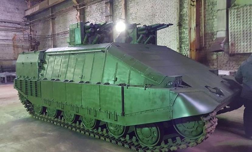 «Инновационный городской танк» от Авакова оказался посмешищем из «мусорных контейнеров»