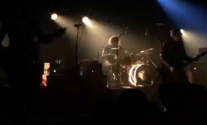 Страшный теракт на рок-концерте в Париже попал на видео