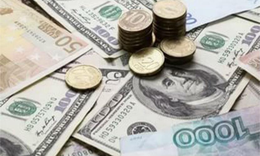 Россиянам пообещали предновогодний обвал рубля