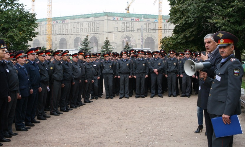 Полиция Москвы перешла на усиленный режим работы из-за поступающих угроз, - Якунин