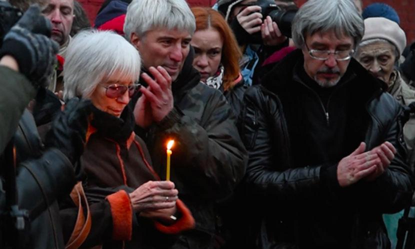 Вдова Эльдара Рязанова на похоронах благодарила артистов за