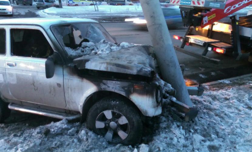 Муж и жена в Красноярске не смогли развестись из-за ДТП с горящим авто