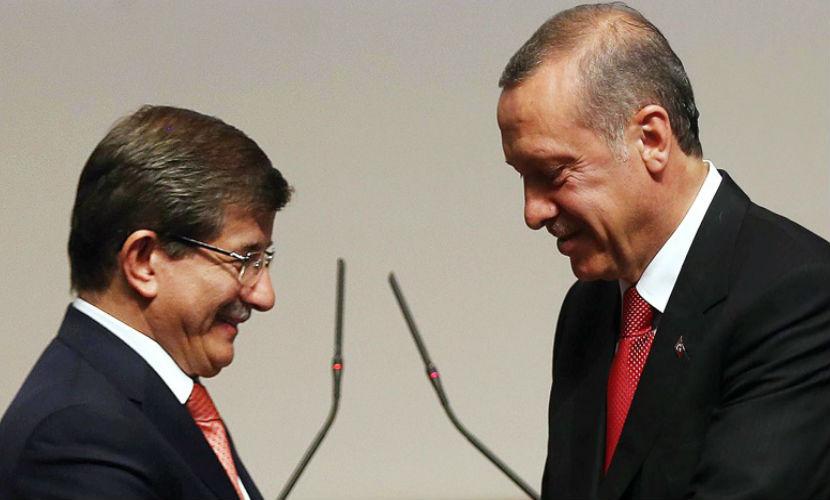 Запад готовит премьера Турции Давутоглу на место Эрдогана