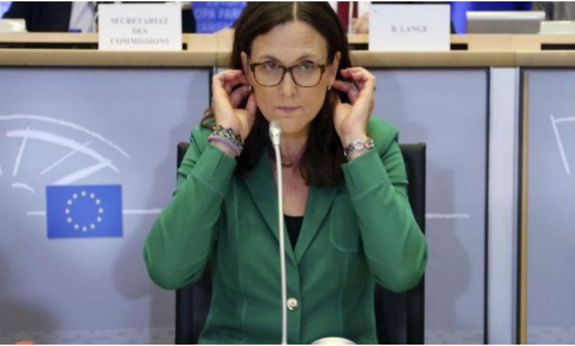 Еврокомиссия обвинила Россию в нарушении Минских соглашений из-за продуктового эмбарго против Украины