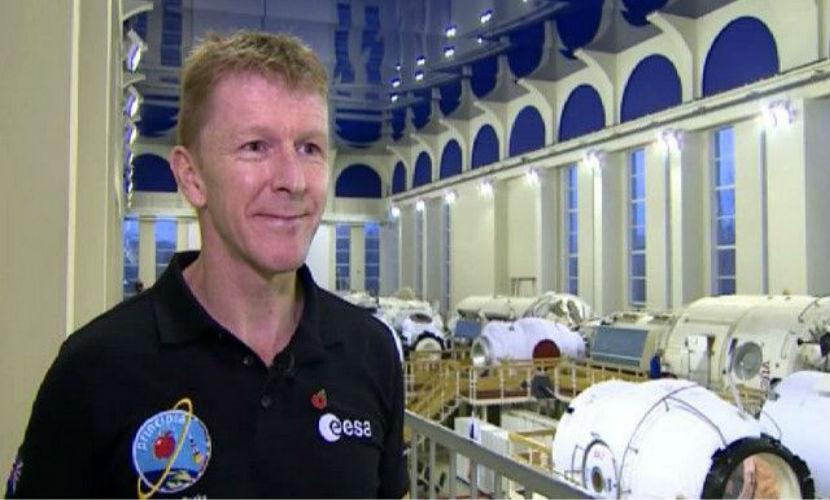 Британский астронавт Тим Пик позвонил из космоса жене, но ошибся номером