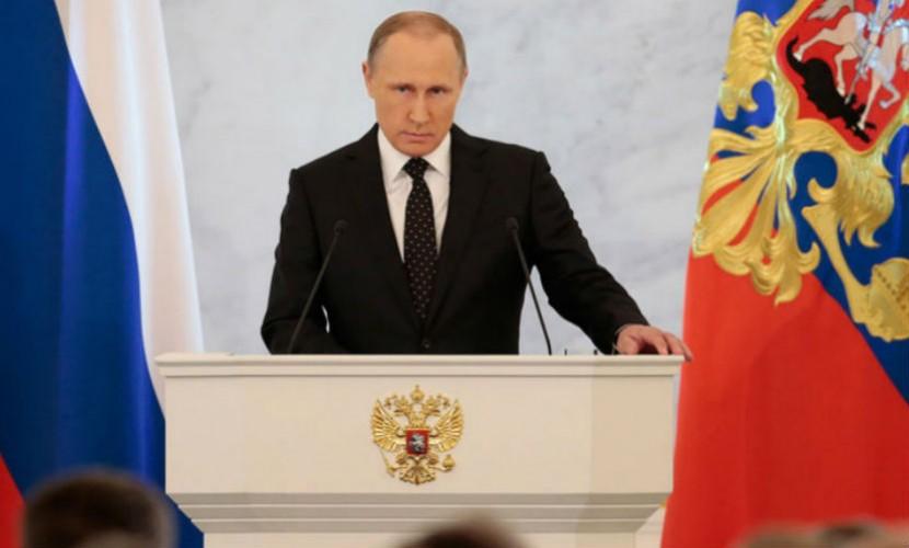 Россия переходит на страховые принципы в медицине, - Путин