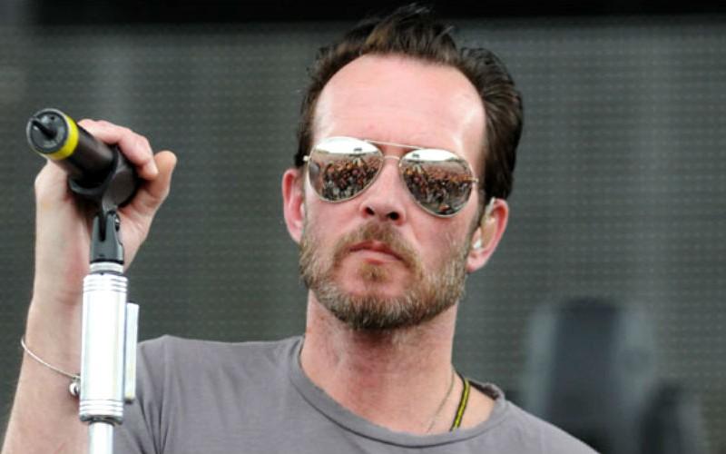 Эпатажный рокер Скотт Вэйленд умер от передозировки наркотиками
