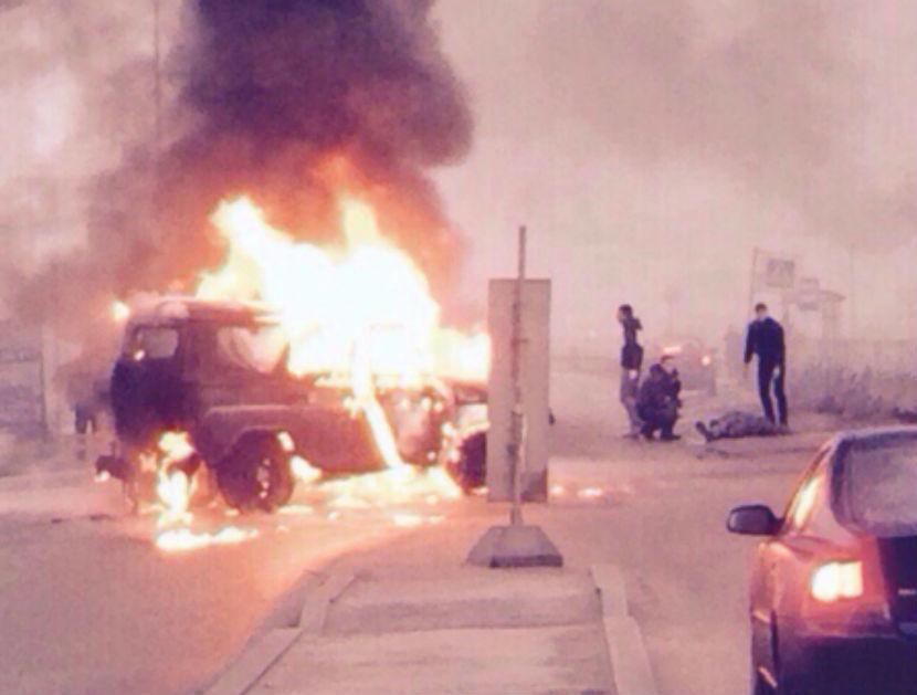 Расстрелявшие полицейских преступники сожгли машину, на которой скрылись