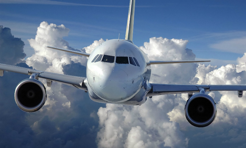 У американского Boeingво время полета отвалилась часть крыла