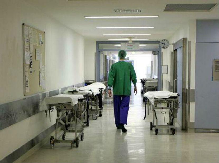 Сотни медиков отказались работать во время пандемии в Калининградской области