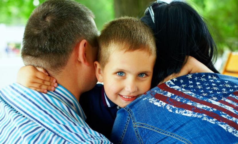 Россияне выступили против усыновления детей иностранцами, - социологи