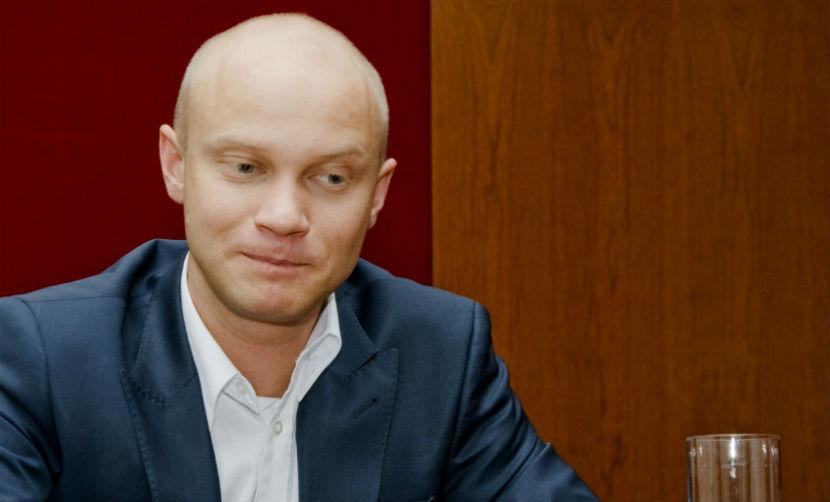 Шоумен Дмитрий Хрусталев избил водителя в центре Москвы
