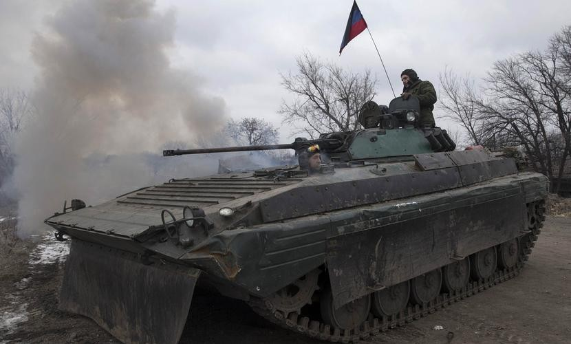 Ополченцы Донбасса заманивают подразделения националистов в новый кровавый котел