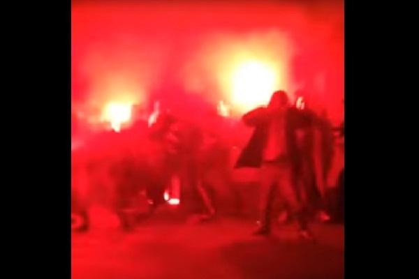 Фанаты «Кубани» и «Краснодара» устроили побоище с зажженными файерами