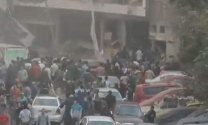 Мощный взрыв обрушил жилой дом в Каире