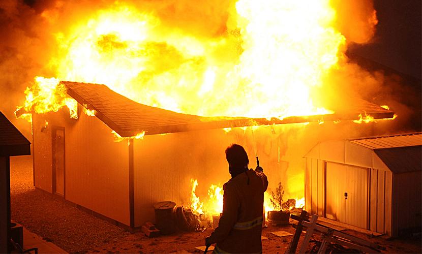 Пятеро подростков сгорели на даче во время празднования дня рождения в ХМАО