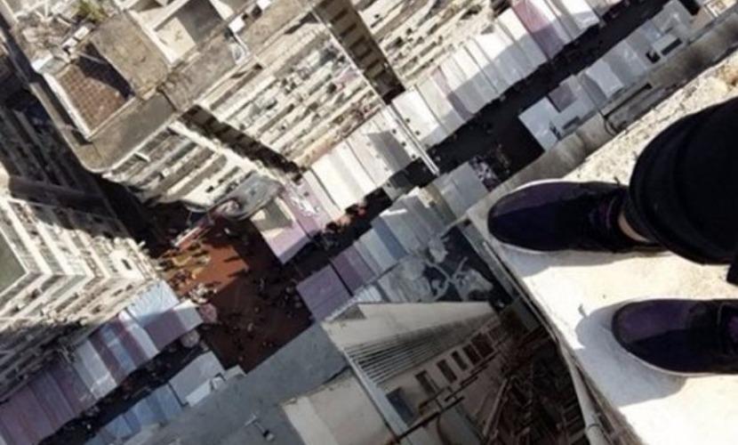 Школьница разместила прощальное селфи в Instagram и прыгнула с крыши небоскреба