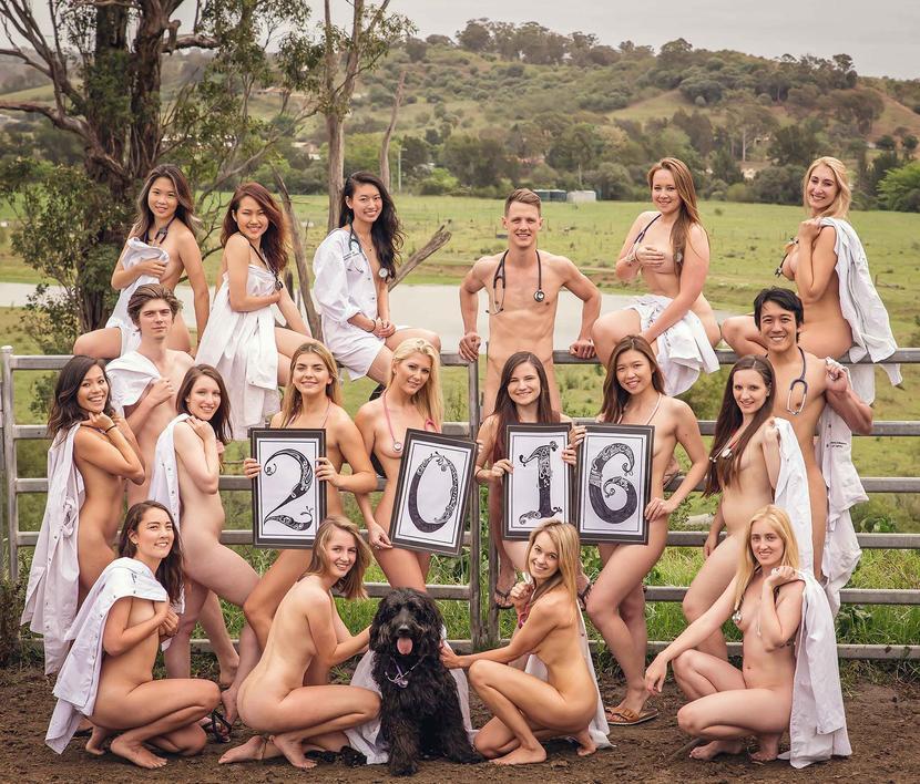 Фото голых выпускников