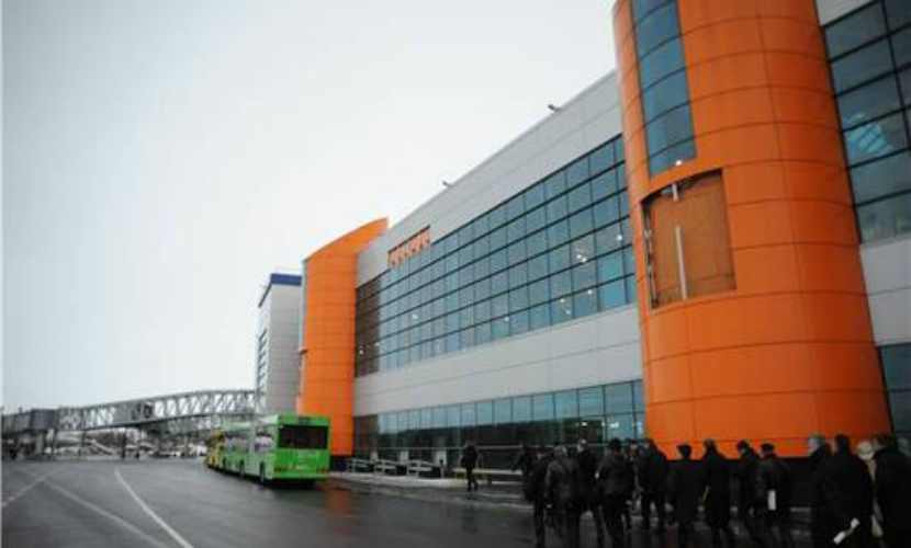 Аэропорт Калининграда эвакуирован из-за возможной террористической атаки