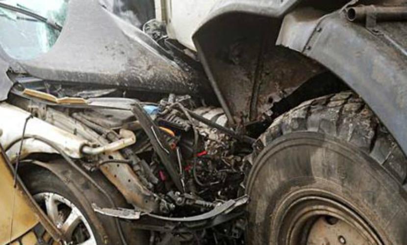 Ребенок и трое взрослых погибли в ДТП с КамАЗом и Kia под Саратовом