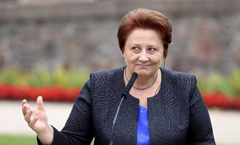 Премьер-министр Латвии Страуюма объявила президенту Вейонису о своей отставке
