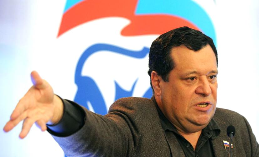 Глава комитета Госдумы по бюджету страдает от борделя в собственном доме