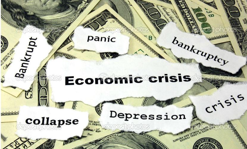 Россию ждут три сложных года, а кризис закончится не раньше 2018 года, - эксперт