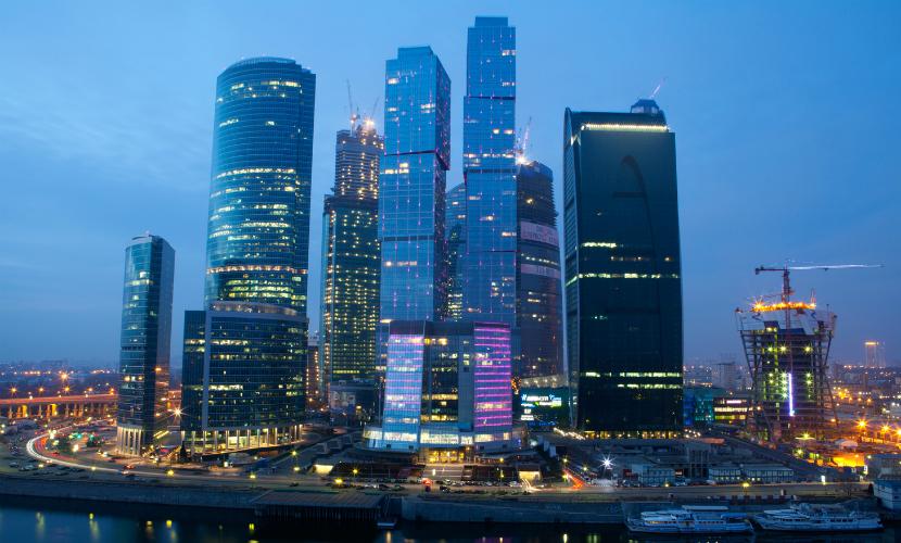 Пожарные ликвидировали крупное возгорание в башне «Восток» в центре «Москва-сити»