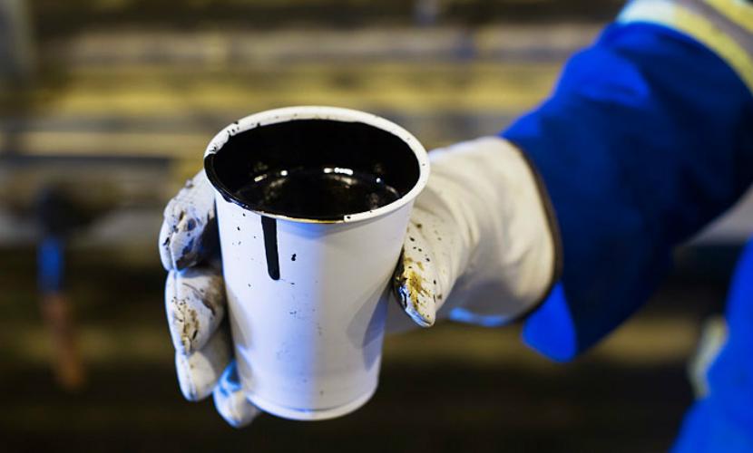 Запрет на вывоз нефти из США, действовавший 40 лет, отменен