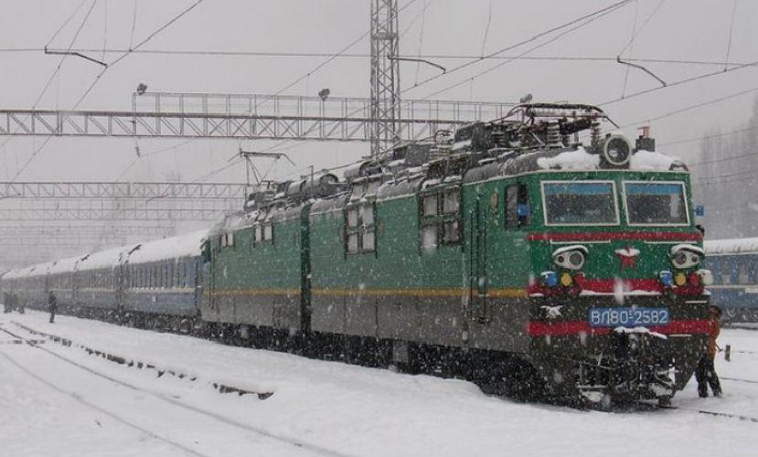 Школьница из Коми пыталась проехать 2 тысячи км на подножке поезда к возлюбленному