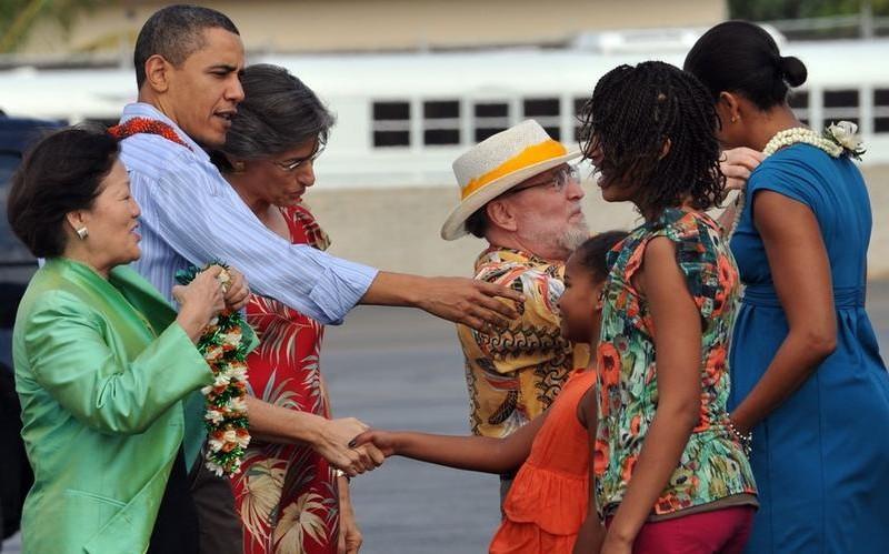 Барак Обама привез семью на рождественские каникулы в свой родной город
