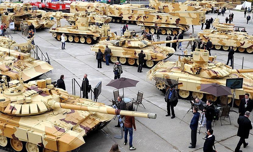 Россия в 2014 году экспортировала вооружения на 10 миллиардов долларов