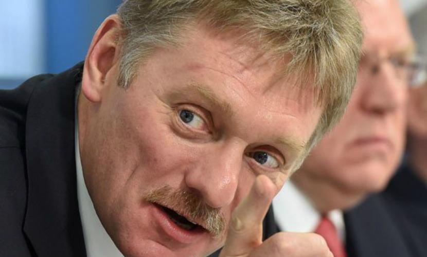 Песков опроверг связь отставки замглавы МВД с гибелью питерского полицейского