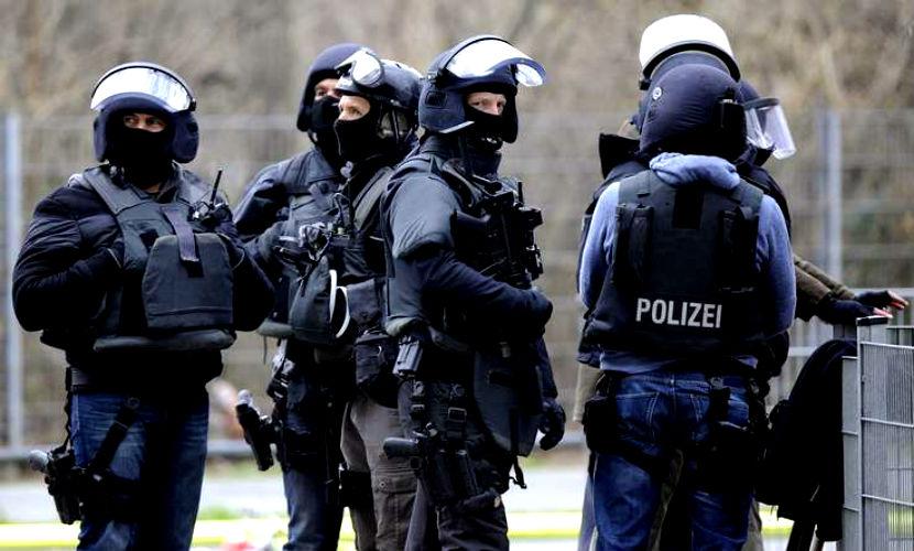 Злоумышленник застрелил трех прохожих в Германии