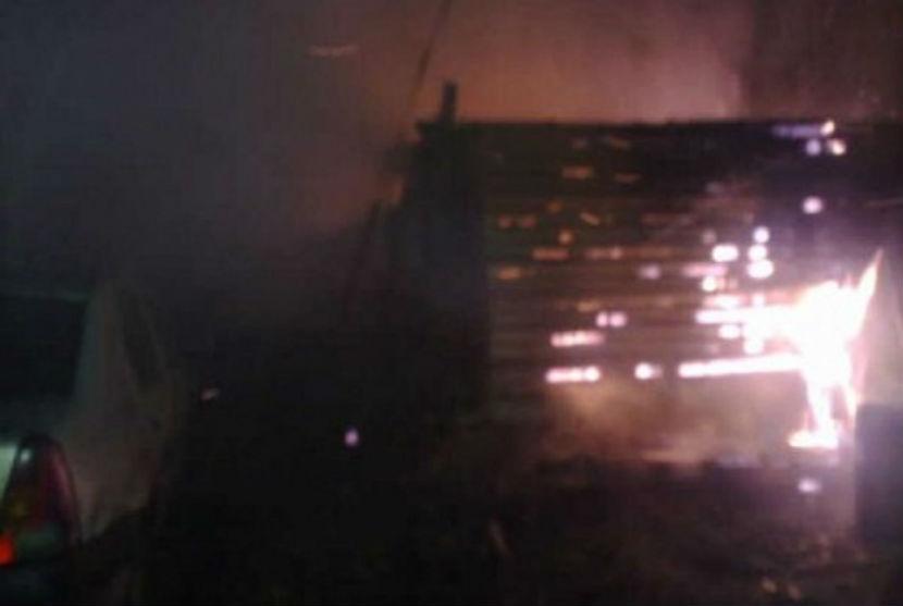 В гибели на пожаре четверых детей подозревают пьяного отчима