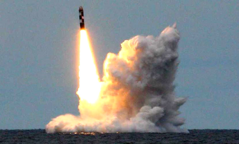 Межконтинентальная баллистическая ракета «Синева» успешно запущена с российской подлодки