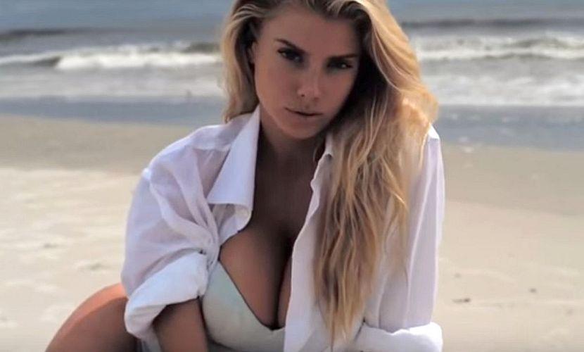 Только секс бомбы с большой грудью фото