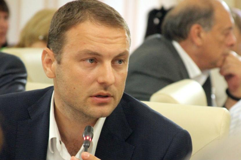 Министр промышленной политики Крыма Андрей Скрынник подал в отставку.