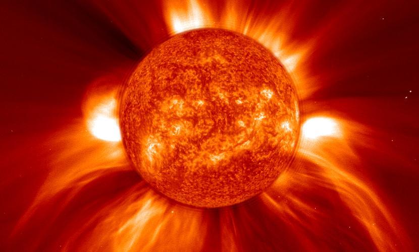 Фото грандиозного выброса на Солнце победило в историческом конкурсе