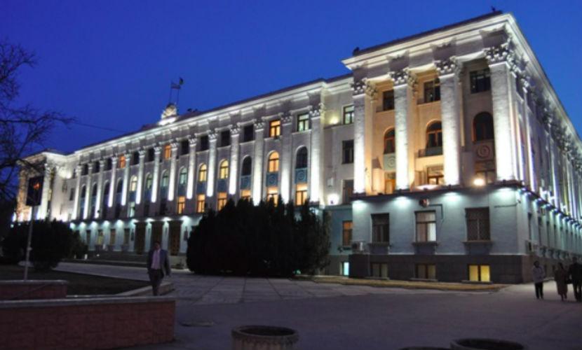 «Народный мэр» Севастополя и два министра Крыма подали в отставку