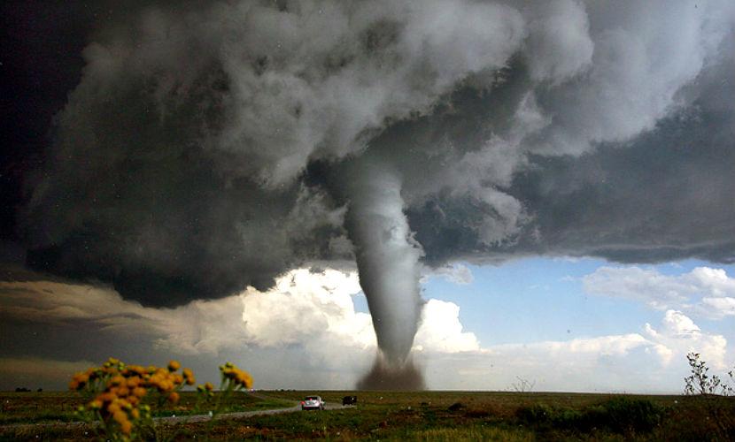 Торнадо в США унес жизни 14 человек
