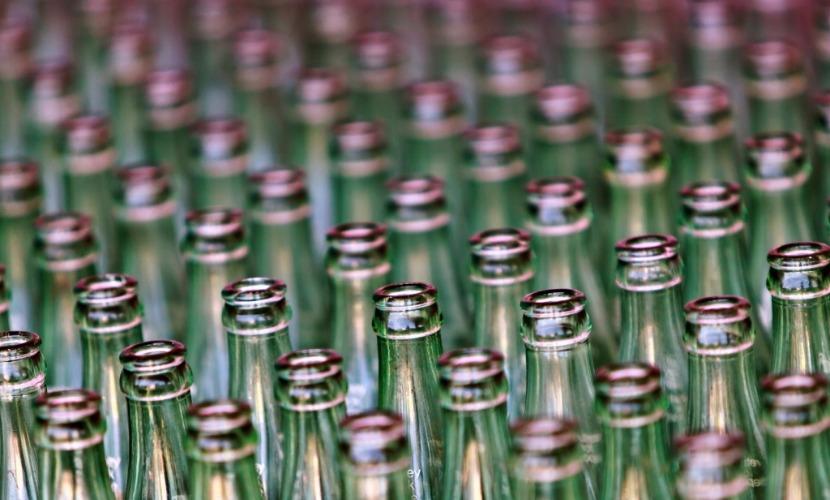 В 2015-м Россия напоила заграницу водкой почти в три раза меньше, чем год назад