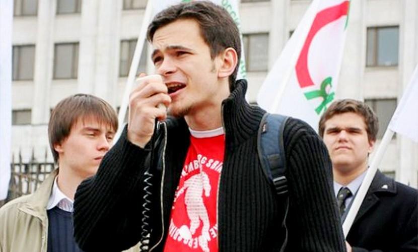 Герой-мученик или терпила всероссийского масштаба: почему власть не боится Илью Яшина