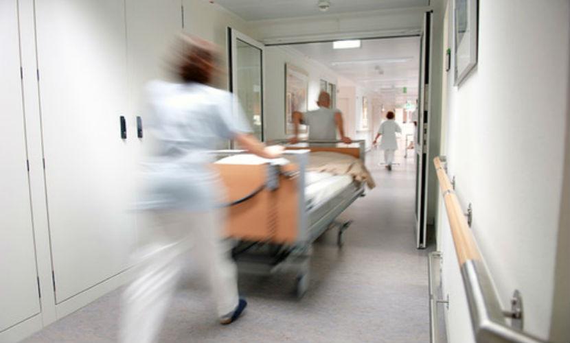 Молодая женщина умерла во время пластической операции в больнице Рязани
