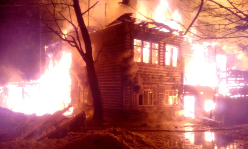 Ребенок и шестеро взрослых сгорели заживо в доме под Санкт-Петербургом