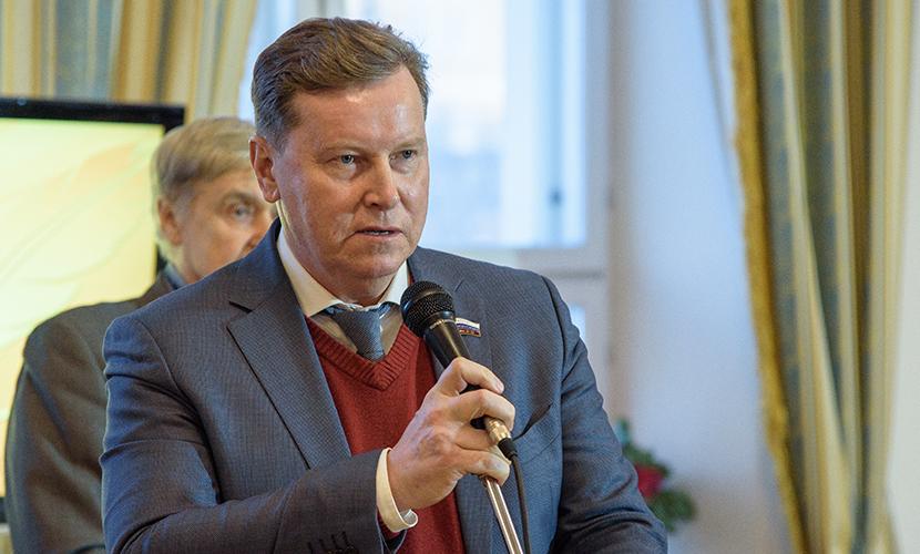 Олег Нилов рассказал о подлинных «дауншифтерах» в России