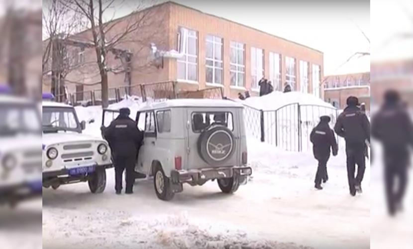 Полицейские оперативно задержали подростка, который