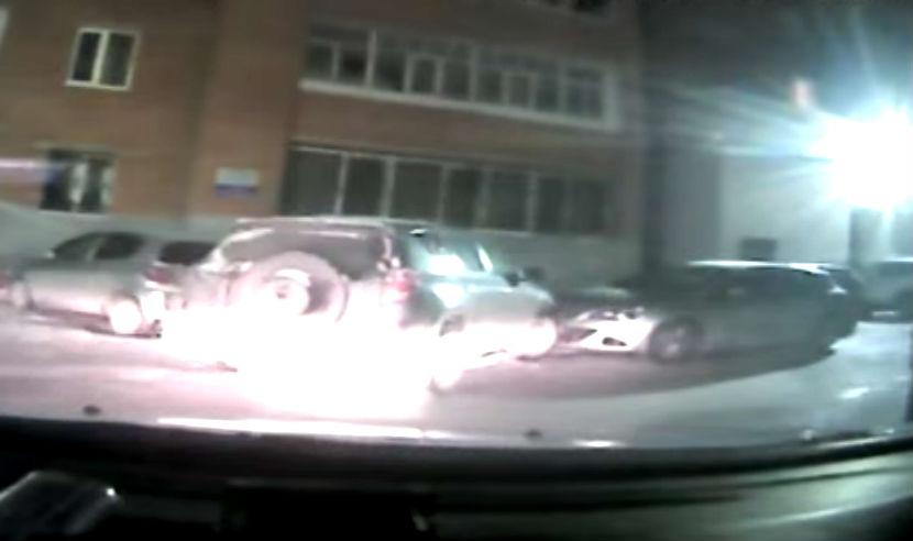 Пьяный девятиклассник на угнанной у матери машине устроил массовое ДТП в Тюмени